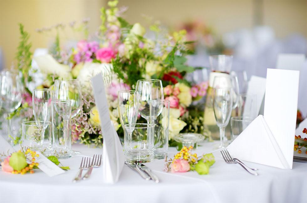 Bröllopsdukning till fest